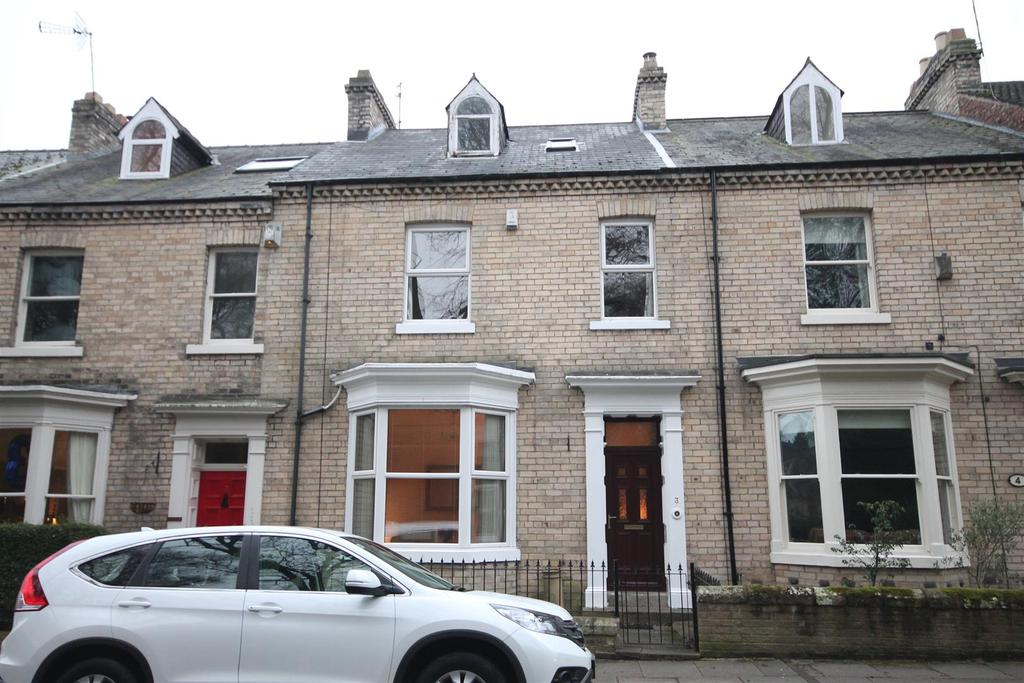 5 Bedrooms Terraced House for sale in Harewood Terrace, Darlington