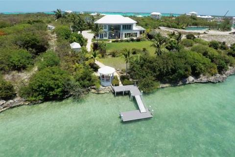 4 bedroom detached house  - Hennessy House, February Point, Great Exuma