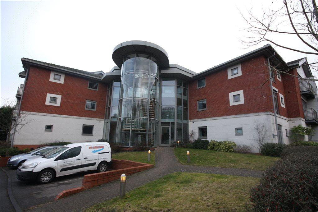 2 Bedrooms Apartment Flat for sale in Pinnacle House, 632 Evesham Road, Redditch, Worcestershire, B97