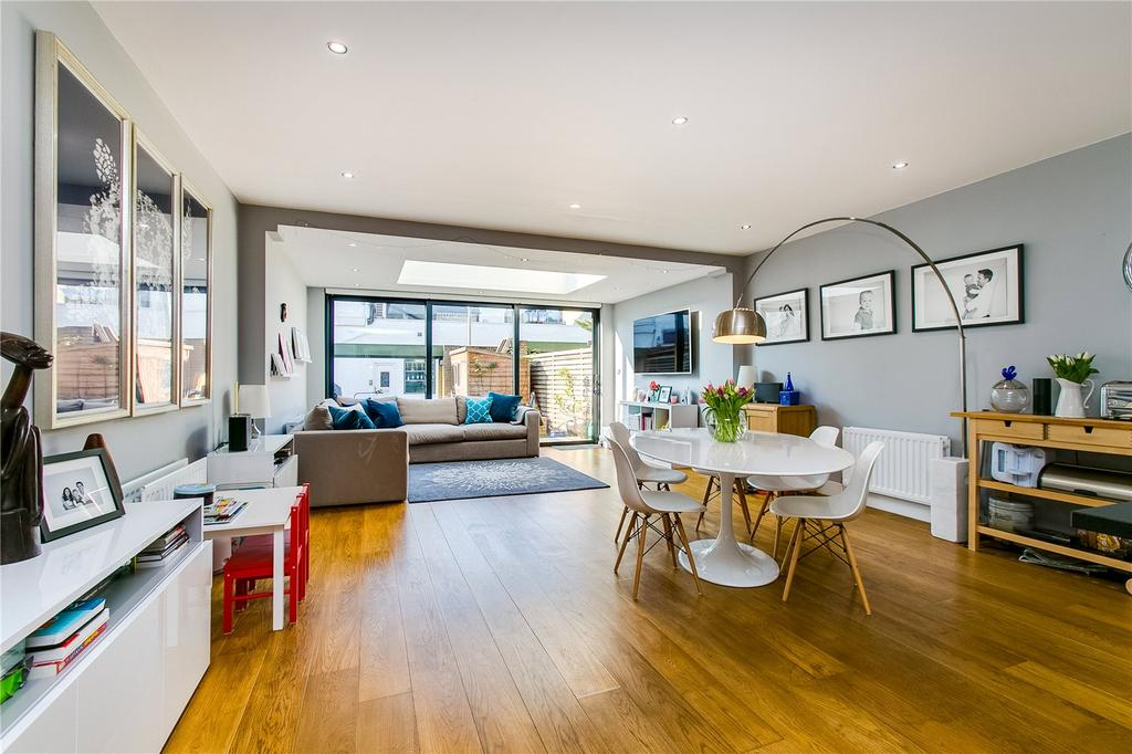 5 Bedrooms Terraced House for sale in Altenburg Gardens, London