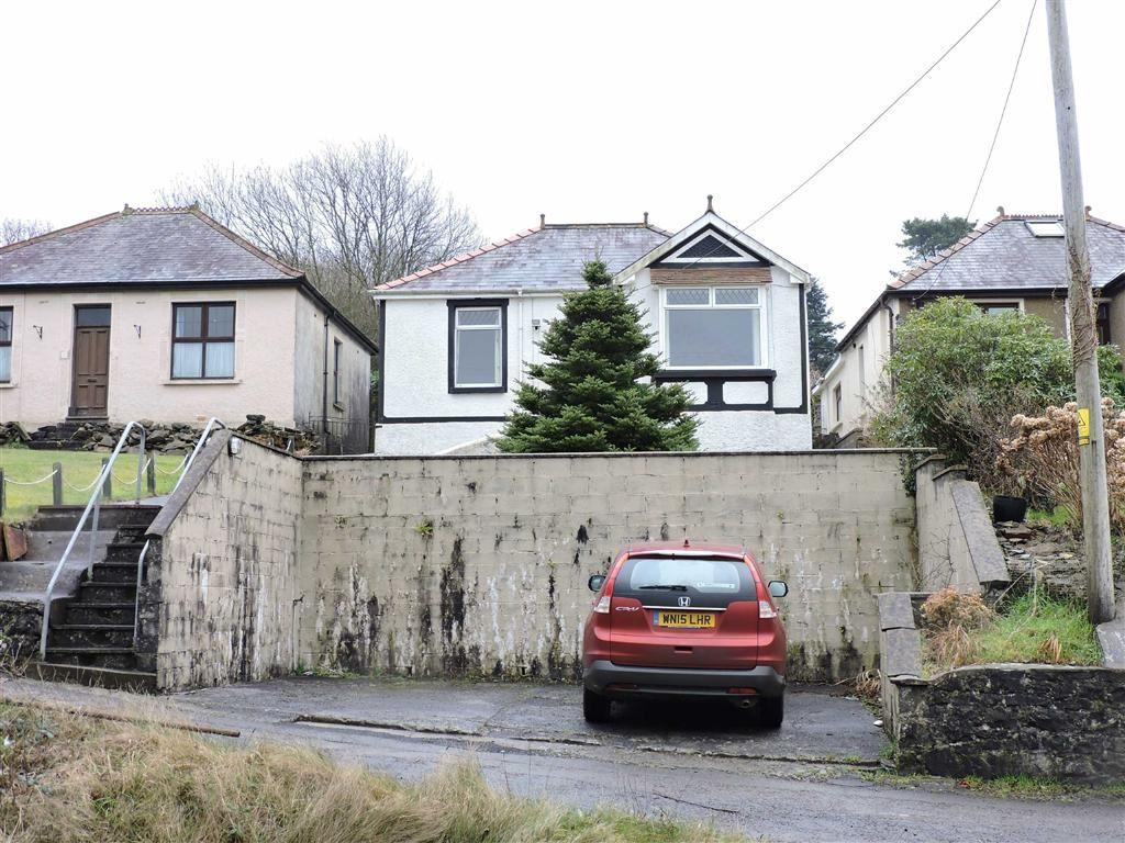2 Bedrooms Detached Bungalow for sale in Ponthenry Road, Pontyates