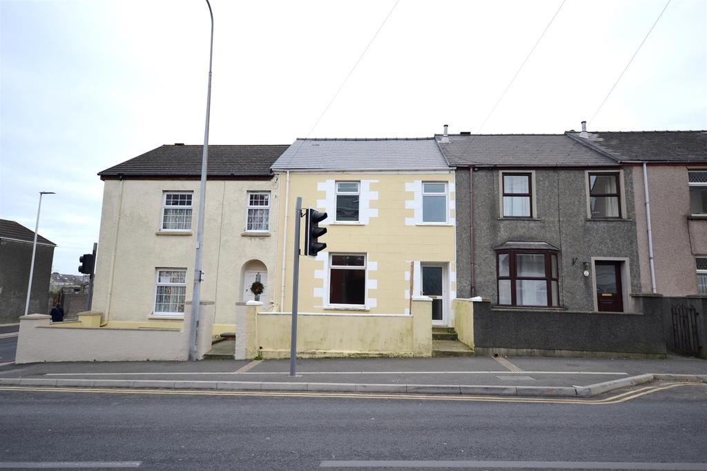3 Bedrooms Terraced House for sale in Water Street, Pembroke Dock