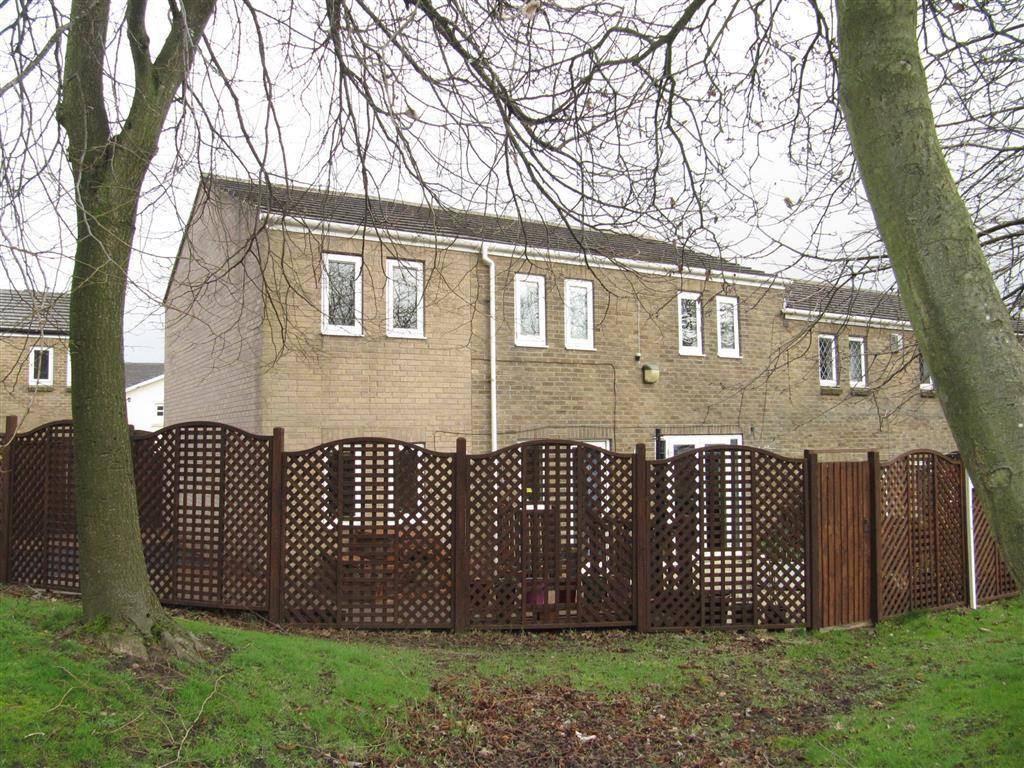 5 Bedrooms End Of Terrace House for sale in Spruce Drive, Netherton, Huddersfield, HD4