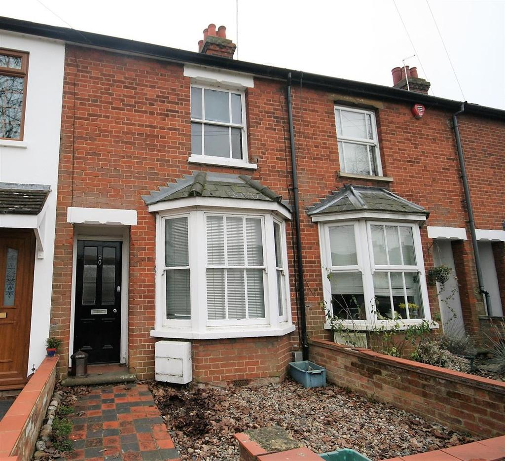 2 Bedrooms Terraced House for sale in Woolgrove Road, Hitchin