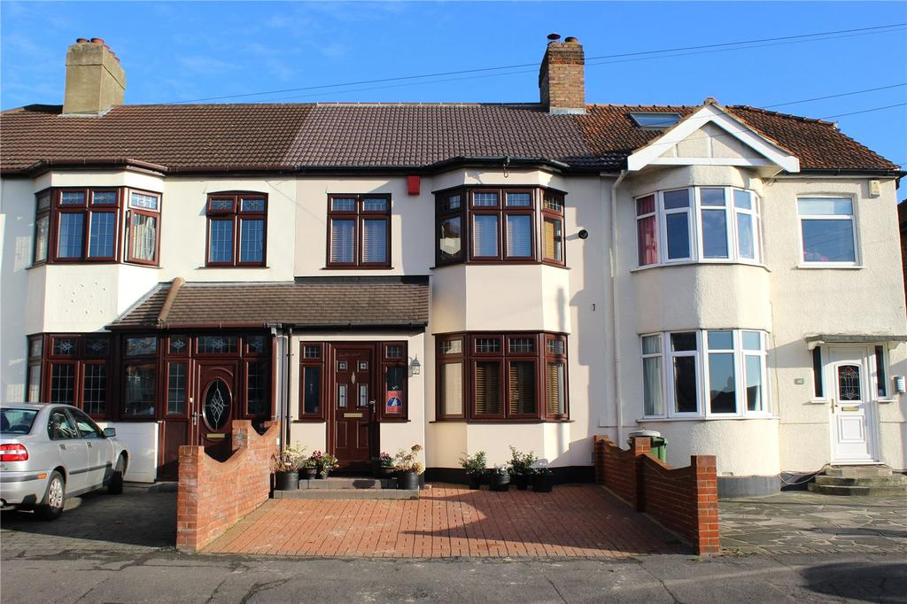 3 Bedrooms Terraced House for sale in Northdown Road, Hornchurch, RM11