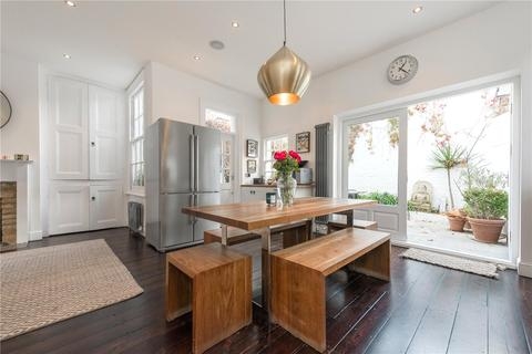 4 bedroom end of terrace house to rent - Berens Road, London, NW10