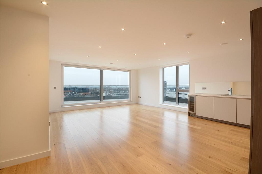 3 Bedrooms Penthouse Flat for sale in Glenthorne Road, Hammersmith, London, W6