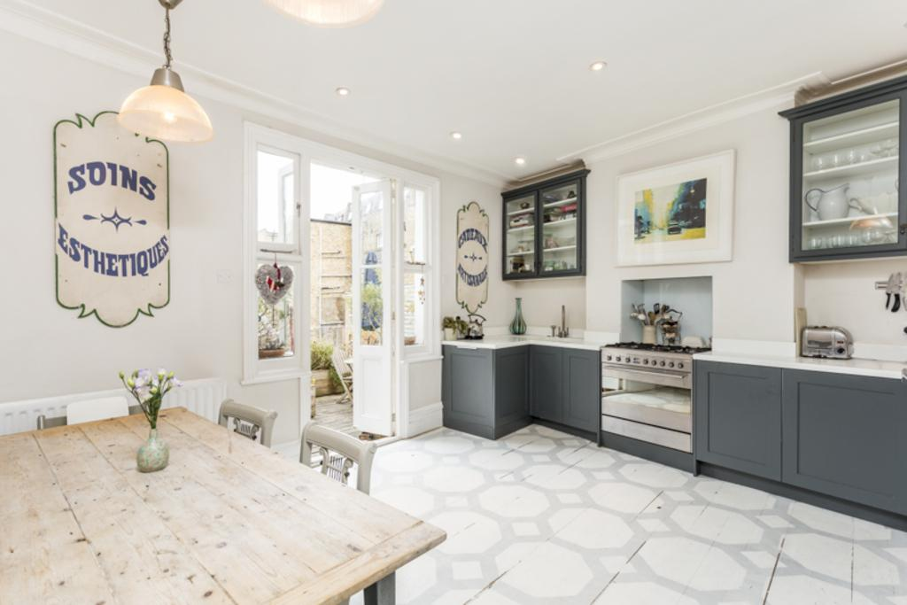 4 Bedrooms Maisonette Flat for sale in Anley Road, Brook Green, London, W14