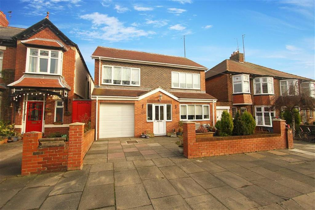 4 Bedrooms Detached House for sale in Brighton Grove, Whitley Bay, Tyne And Wear