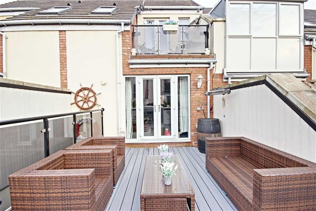 3 Bedrooms Town House for sale in Berkely Street, South Shields, Tyne And Wear