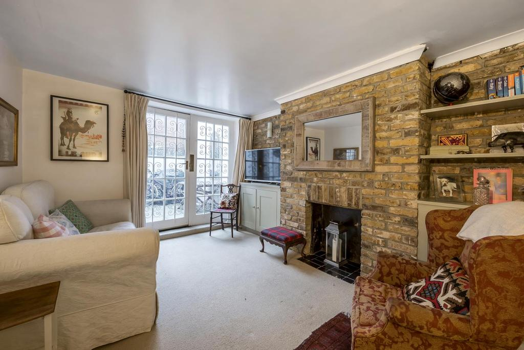 2 Bedrooms Apartment Flat for sale in NORTH STREET, SW4