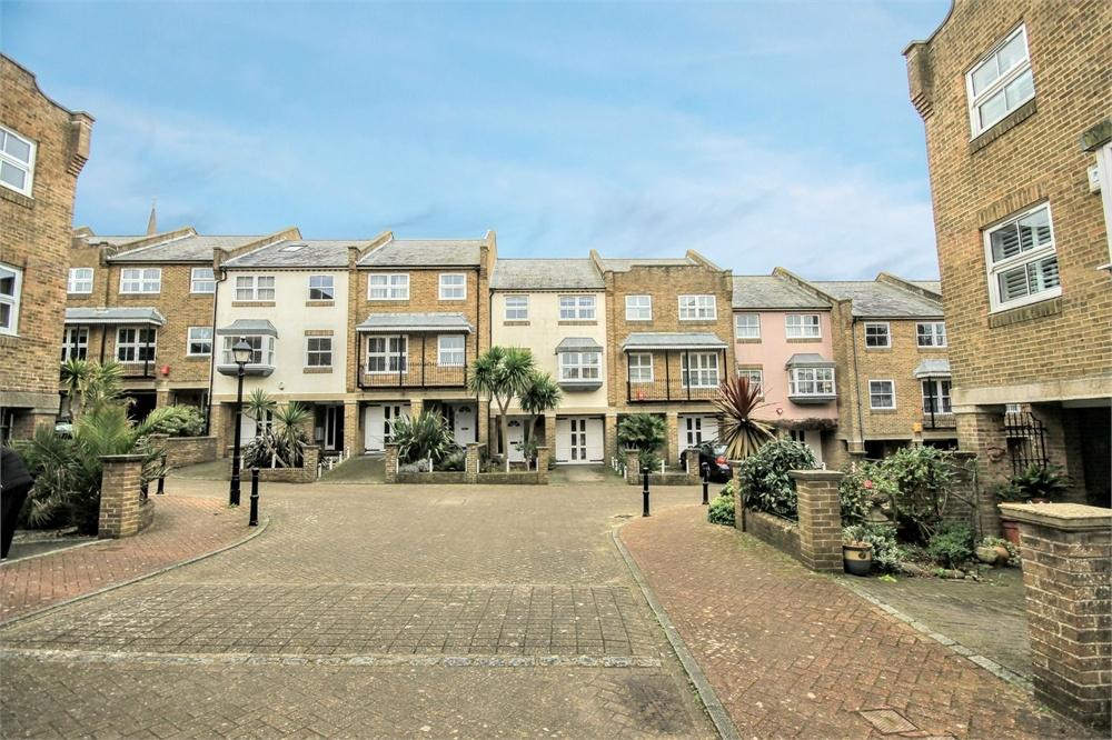 4 Bedrooms Town House for sale in St Marys Square, Brighton, East Sussex