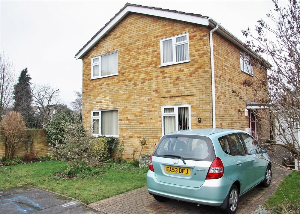 4 Bedrooms Detached House for sale in CHELMSFORD, Essex