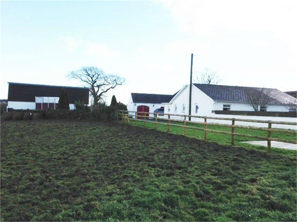 4 Bedrooms Equestrian Facility Character Property for sale in Mountain Town, Tavernspite, Whitland, Pembrokeshire