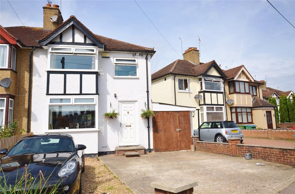 3 Bedrooms Semi Detached House for sale in Second Avenue, Garston, Hertfordshire, WD25