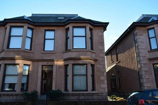 1 Bedroom Flat for sale in 12 Barnwell Terrace, Drumoyne, Glasgow, G51 4TP