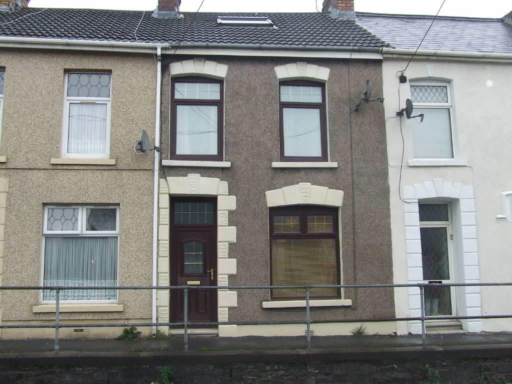 2 Bedrooms Terraced House for sale in Llwynhendy Road, Llanelli, Carms