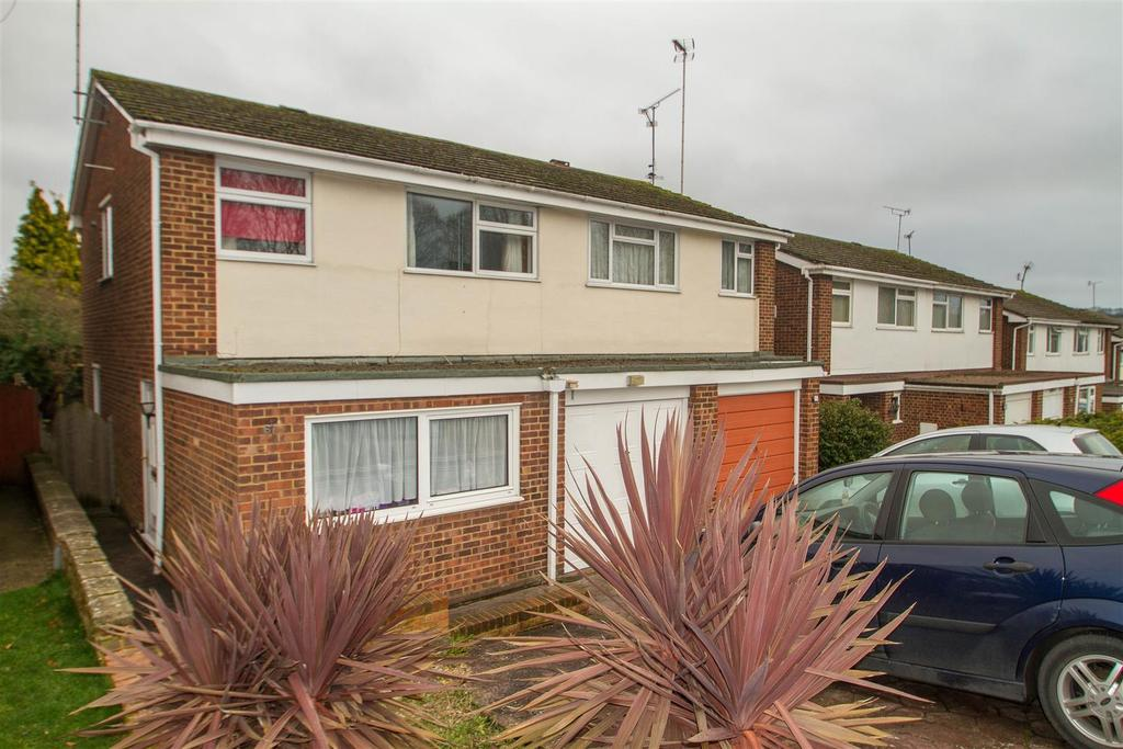 4 Bedrooms Semi Detached House for sale in Ragstone Road, Bearsted, Maidstone