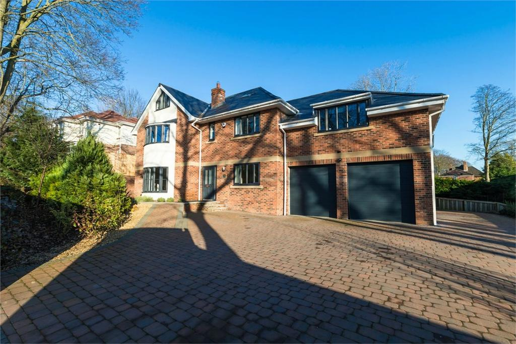 5 Bedrooms Detached House for sale in Whitesmocks, Durham City