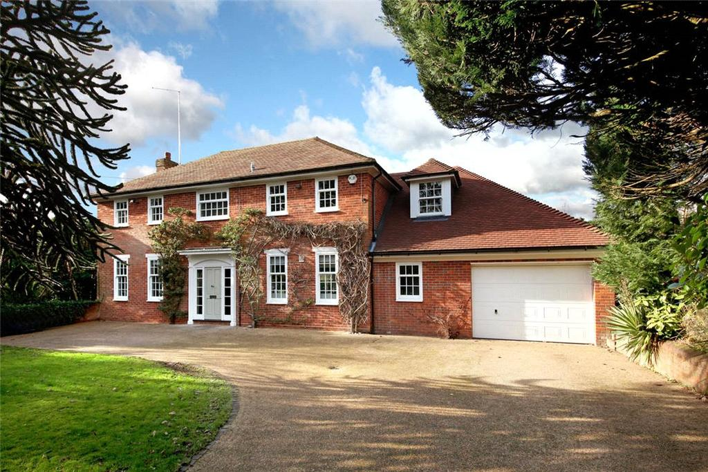 5 Bedrooms Detached House for sale in Kingswood Road, Penn, High Wycombe, Buckinghamshire, HP10