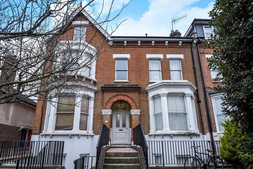 1 Bedroom Flat for sale in Worple Road, Wimbledon, SW19