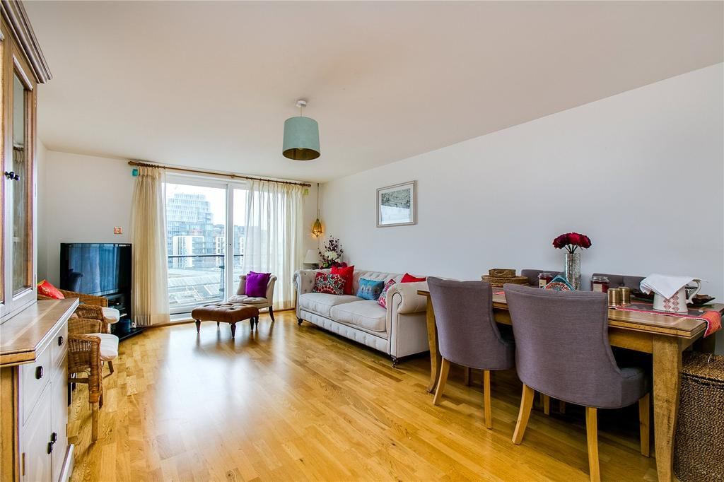 2 Bedrooms Flat for sale in Dolphin House, Smugglers Way, Wandsworth, London