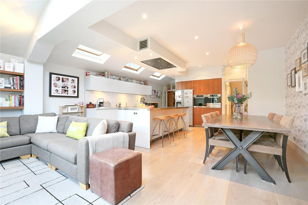 5 Bedrooms Terraced House for sale in Foxbourne Road, London, SW17