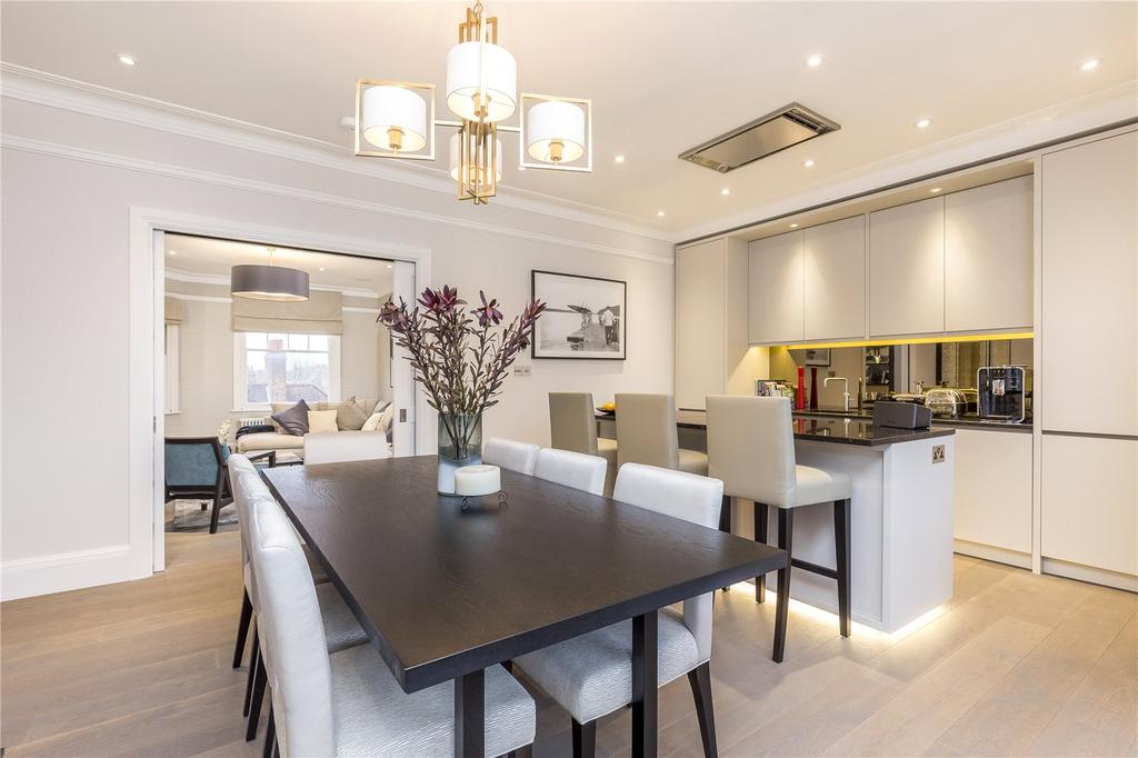 3 Bedrooms Flat for sale in Sydney House, Woodstock Road, Bedford Park, Chiswick, W4