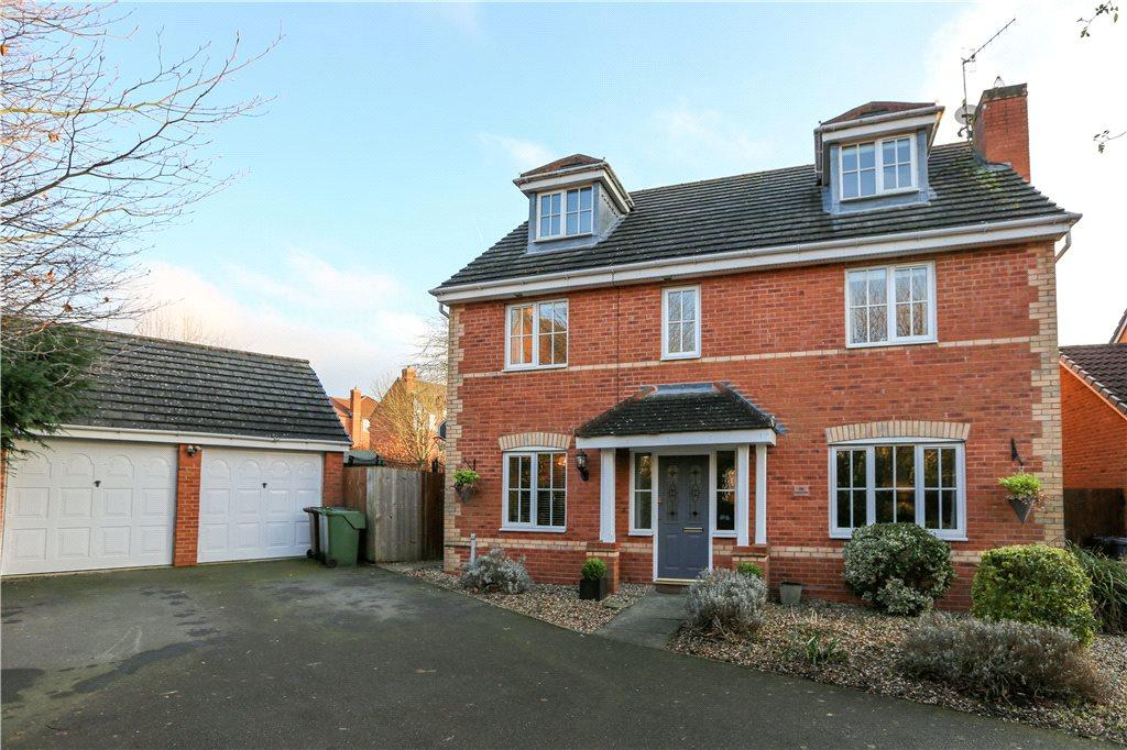 5 Bedrooms House for sale in Kentmere Road, The Oakalls, Bromsgrove, B60