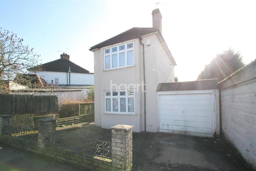 3 Bedrooms Detached House for sale in Normanhurst Avenue, Bexleyheath, DA7
