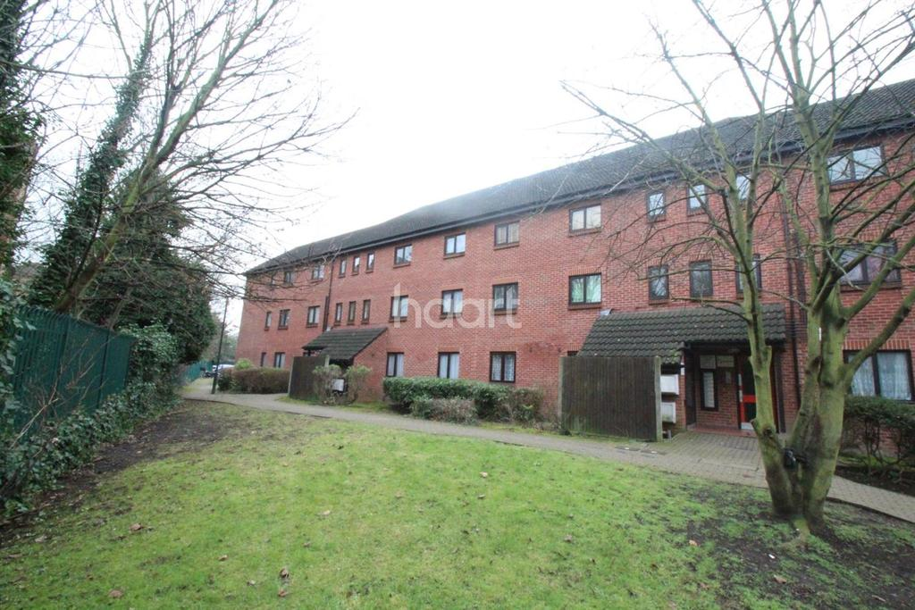 1 Bedroom Flat for sale in Harlequin Court, NW10