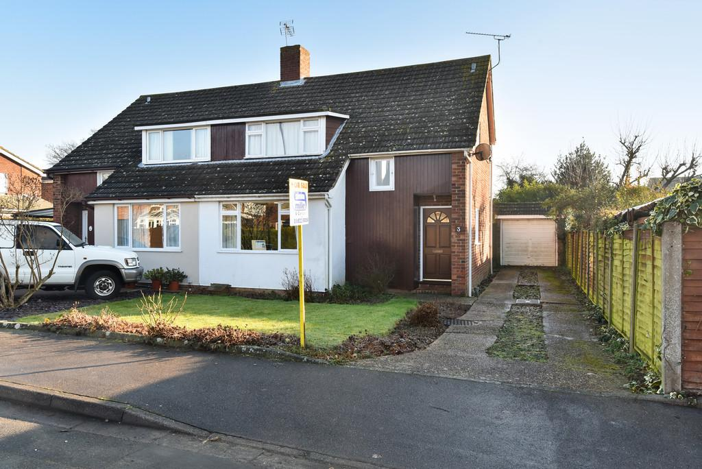 3 Bedrooms Semi Detached House for sale in Headcorn Village