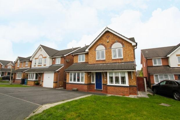 4 Bedrooms Detached House for sale in Cloverdale Drive Ashton In Makerfield Wigan