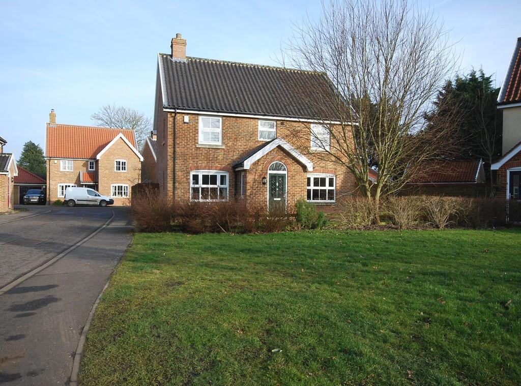 4 Bedrooms Detached House for sale in Tacolneston, Norwich