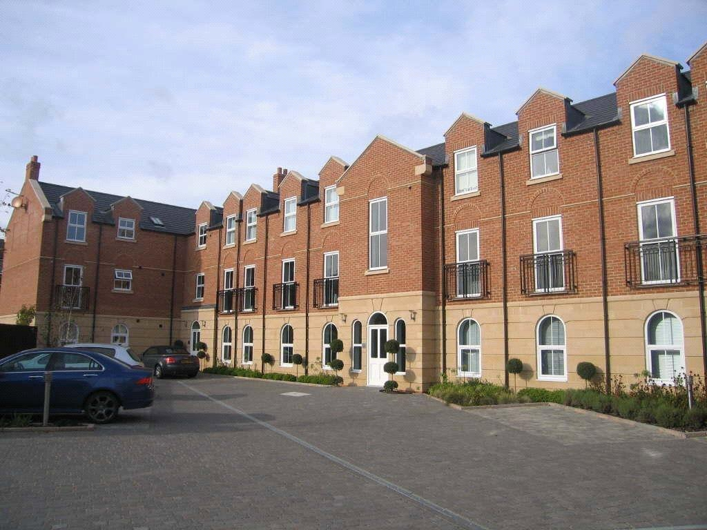 2 Bedrooms Apartment Flat for sale in Parklands Court, Yarm Road, Eaglescliffe, Stockton-on-Tees