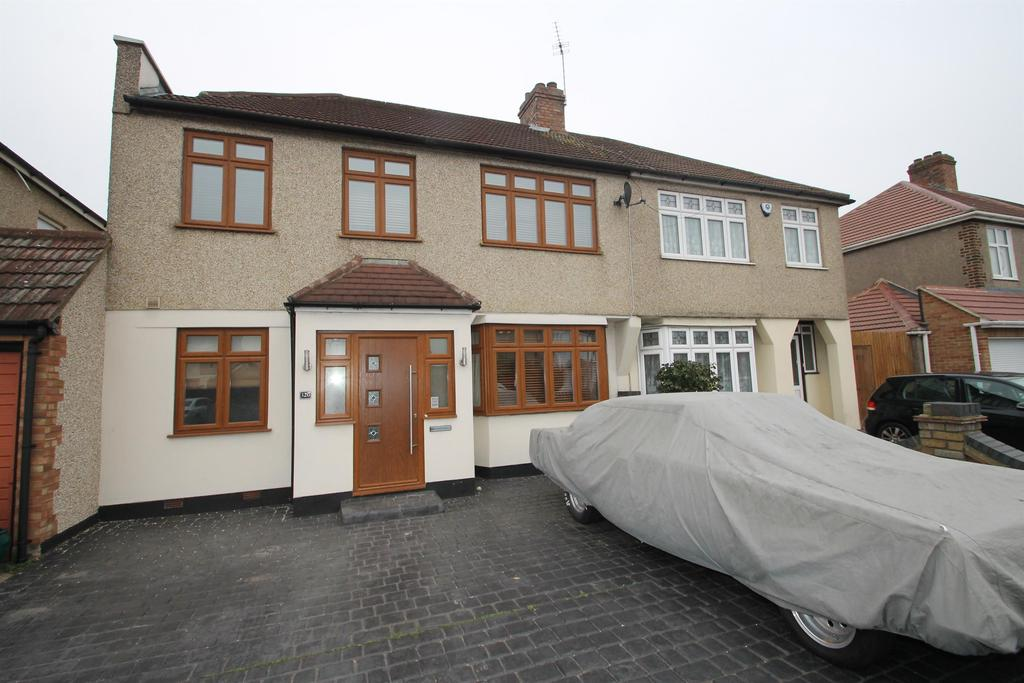 4 Bedrooms Semi Detached House for sale in Long Lane, Bexleyheath, Kent, DA7 5HZ