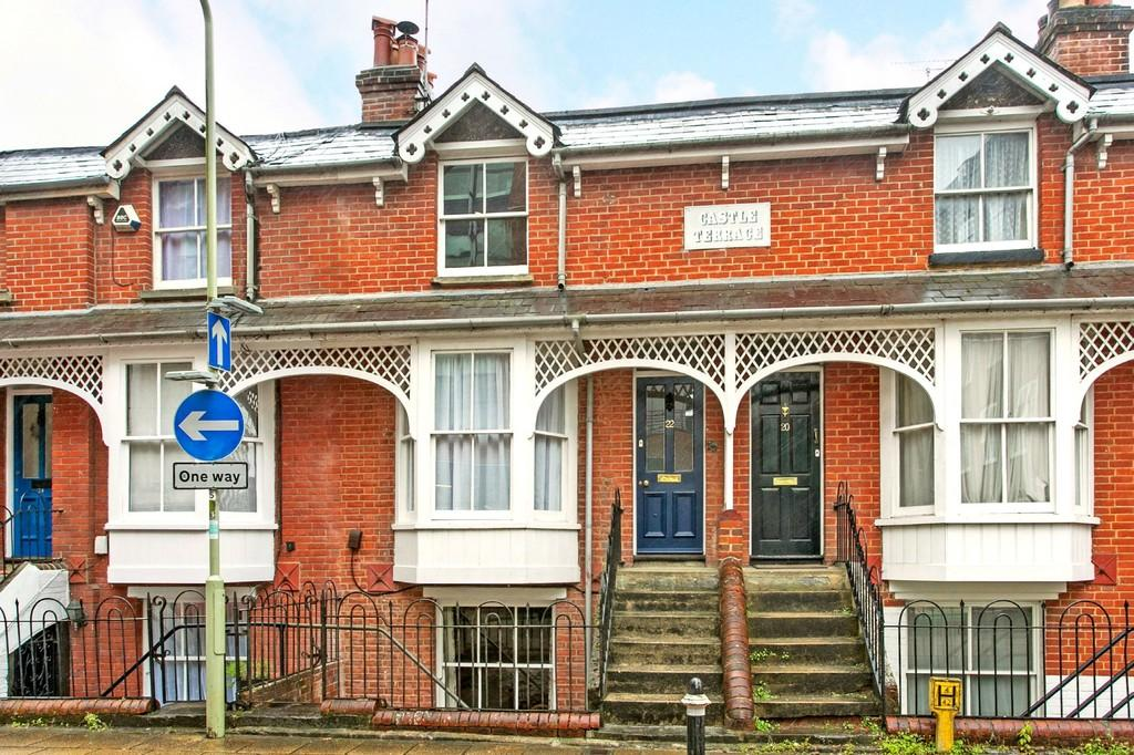 3 Bedrooms Terraced House for sale in Tower Street, Winchester, SO23