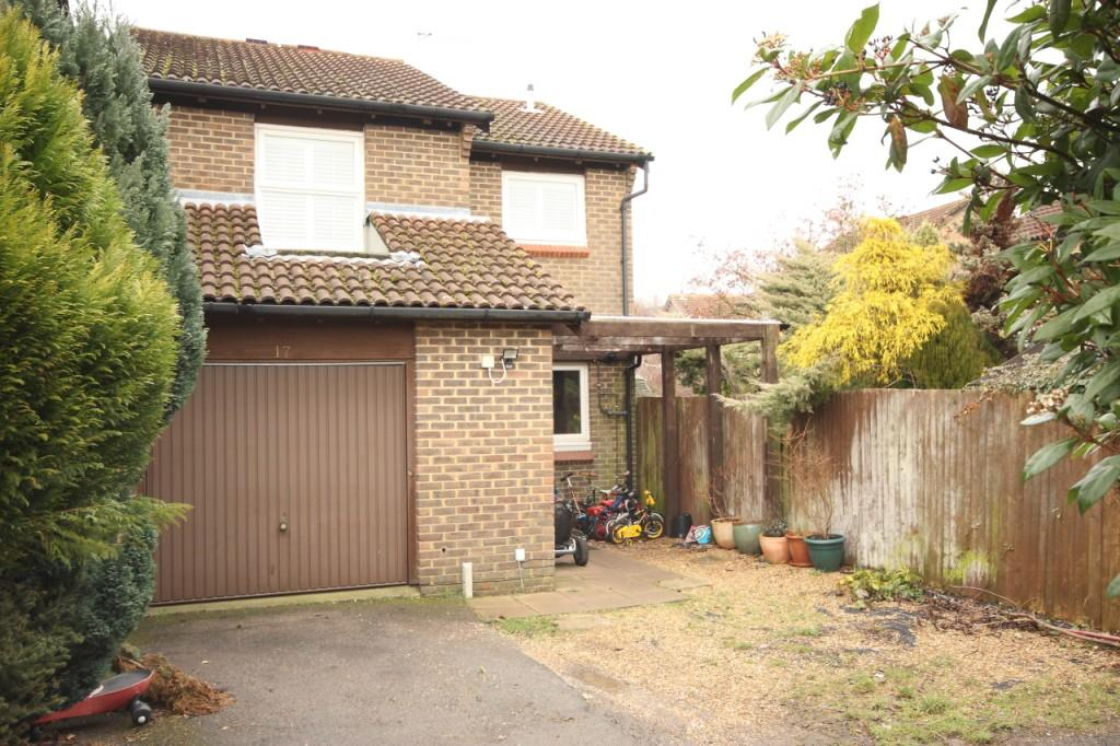 4 Bedrooms Detached House for sale in Goldsworth Park, Woking