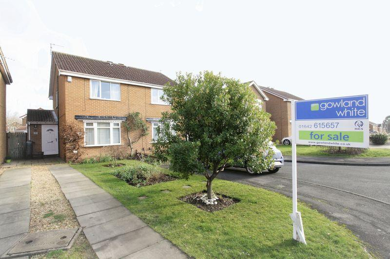 2 Bedrooms Semi Detached House for sale in Hickling Grove, Elm Tree, Stockton, TS19 0XA
