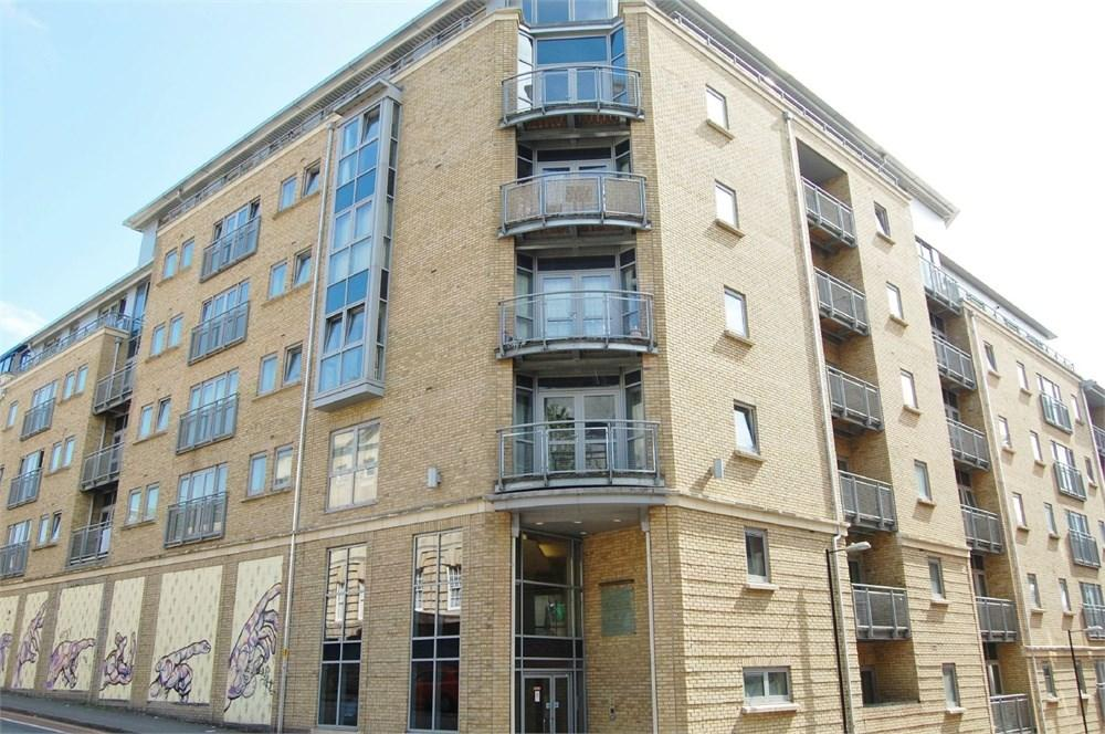 2 Bedrooms Apartment Flat for sale in Dighton Street, City Centre, Bristol, BS2