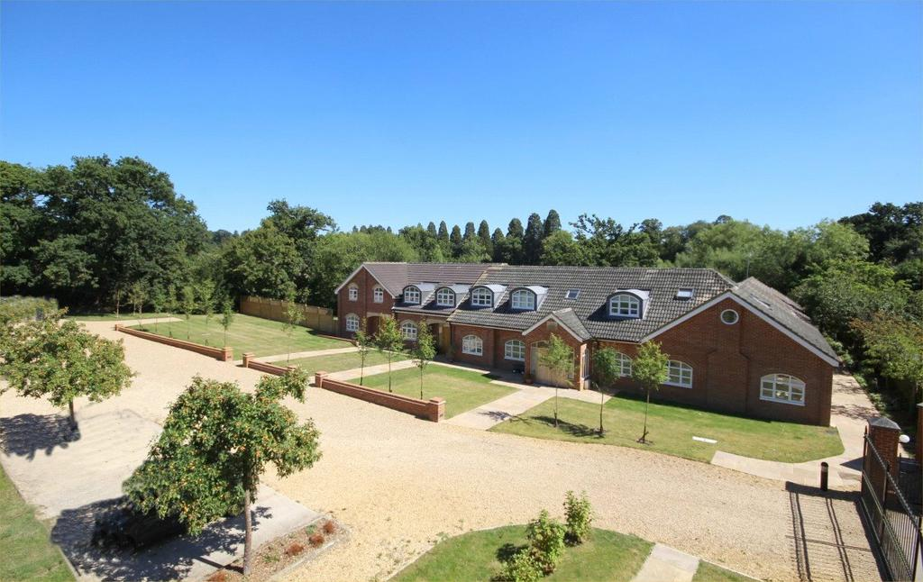 3 Bedrooms Terraced House for sale in Wentworth House, Blakes Road, Wargrave, Reading, RG10