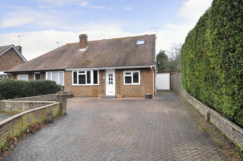 4 Bedrooms Bungalow for sale in Nursery Close, Lancing