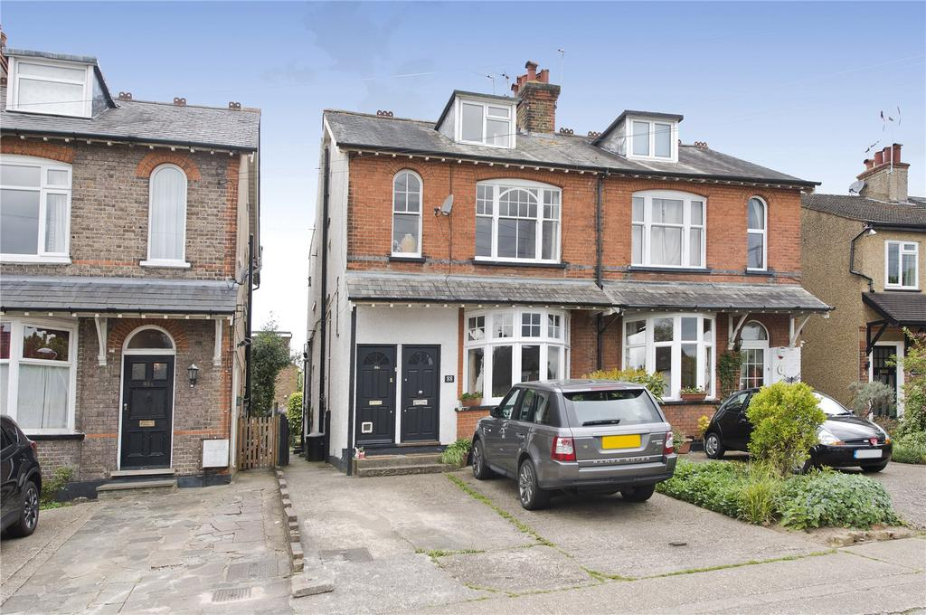 2 Bedrooms Maisonette Flat for sale in Hallowell Road, Northwood, Middlesex, HA6