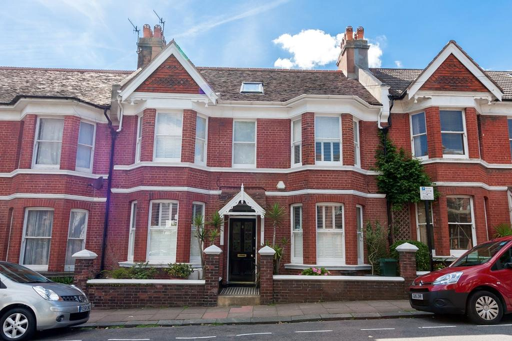4 Bedrooms Terraced House for sale in Buxton Road, Brighton, BN1