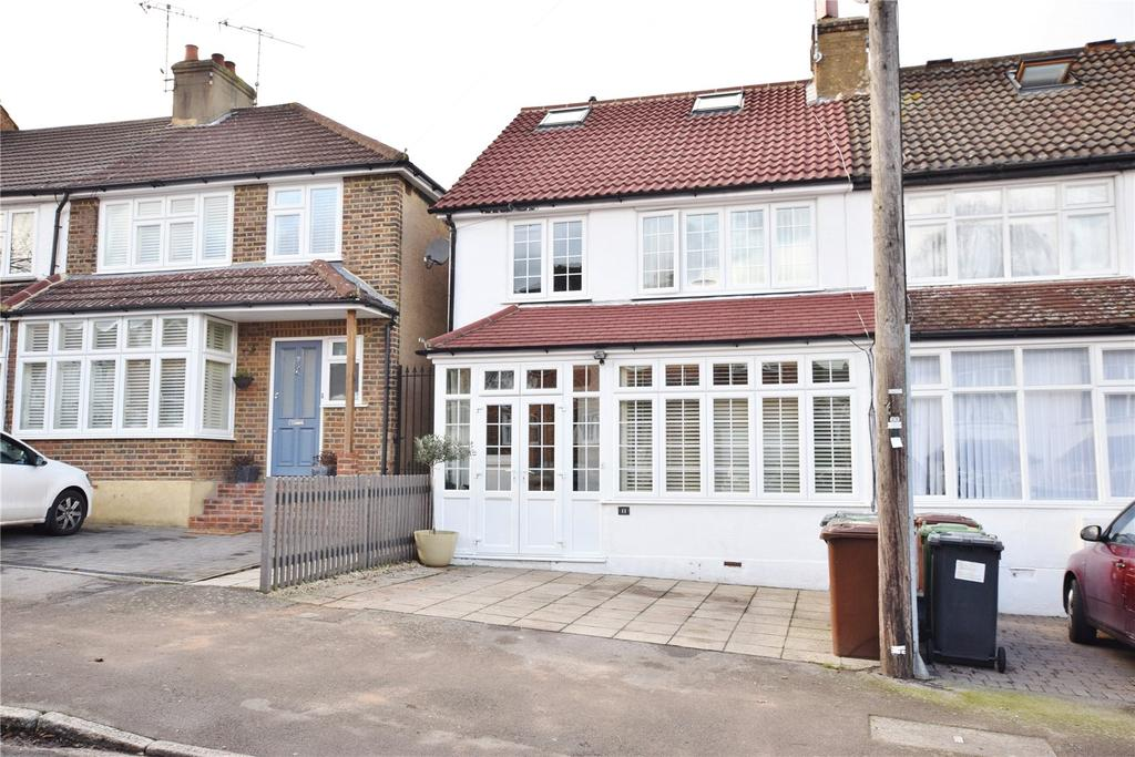4 Bedrooms End Of Terrace House for sale in Clapgate Road, Bushey, Bushey Village, Hertfordshire, WD23
