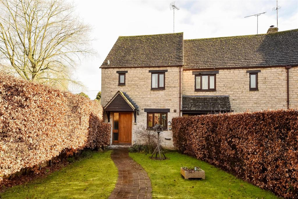 2 Bedrooms End Of Terrace House for sale in The Rickyard, Fulbrook, Burford