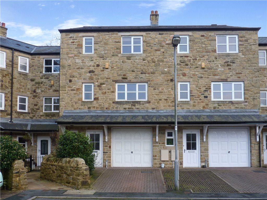 4 Bedrooms Terraced House for sale in Lower Town Mills, Oxenhope, Keighley, West Yorkshire