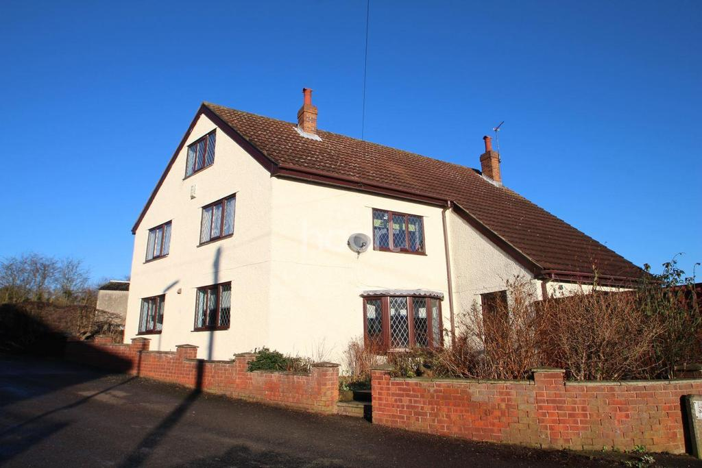 5 Bedrooms Detached House for sale in Washdyke Lane, Hucknall