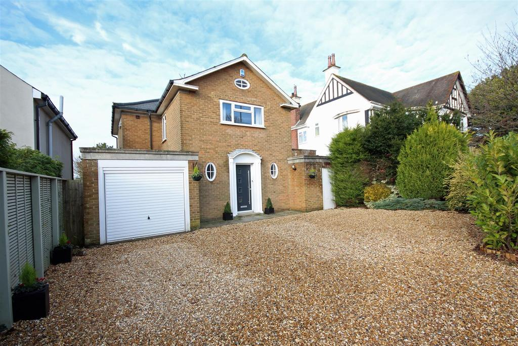 3 Bedrooms Detached House for sale in Dyke Road, Hove, East Sussex