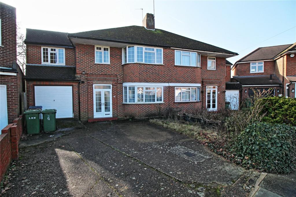 5 Bedrooms Semi Detached House for sale in Peters Close, Stanmore, HA7